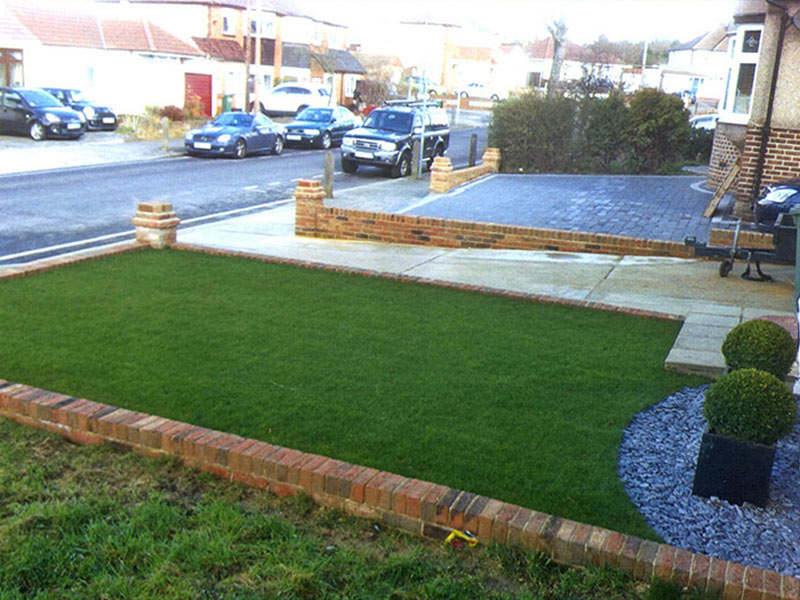 Turfing - Laying Turf - Grass Lawn - Ruxley Landscapes
